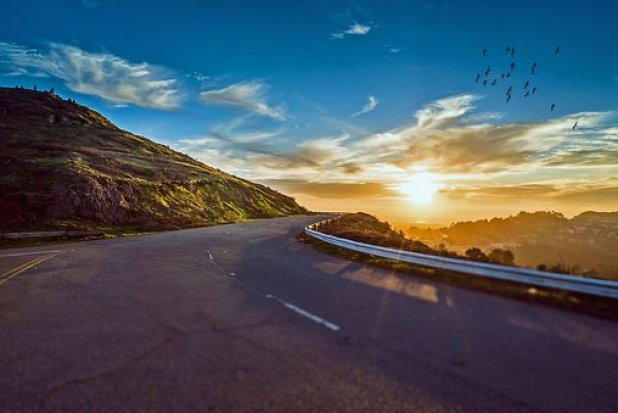 winding-road-1556177__340